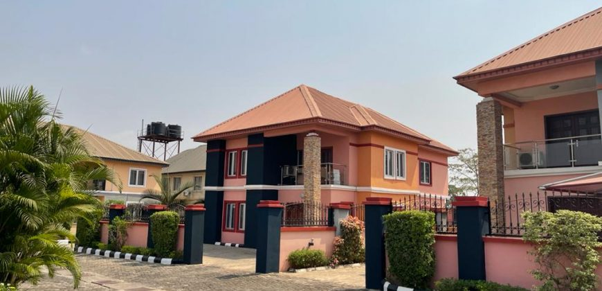 Wing Of Duplex At Kings Estate